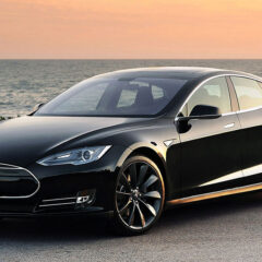Tesla Model S P85+ to race in 2017